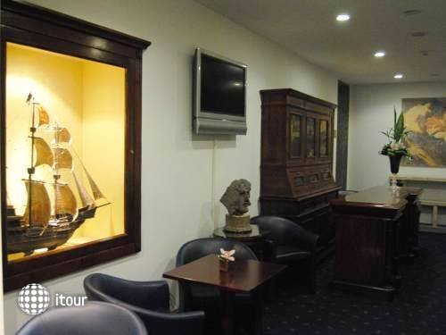 Hotel Diplomatic 14
