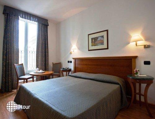 Hotel Diplomatic 10
