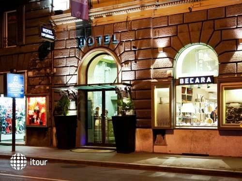 Hotel Diplomatic 8