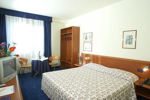 Blu Hotel Roma 7
