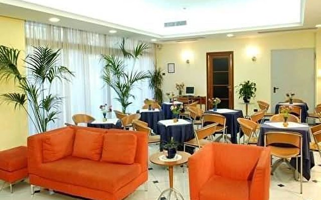 Blu Hotel Roma 10
