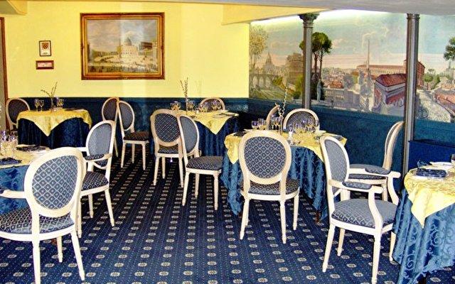 Grand Hotel Ritz 6