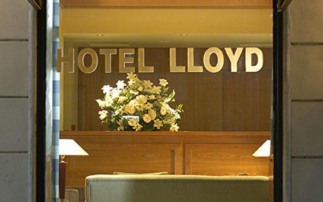 Lloyd 4