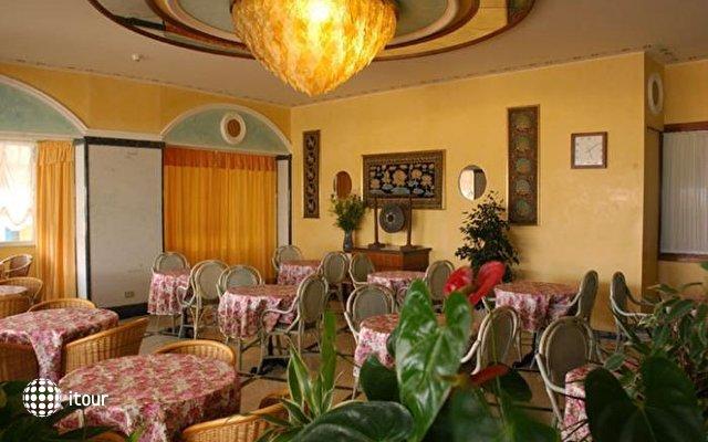 Grand Hotel Luxor 2