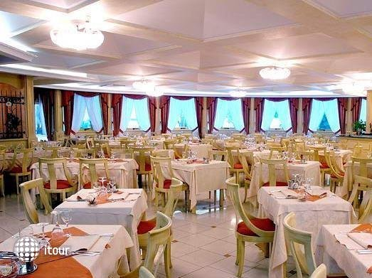 Grand Hotel Luxor 3
