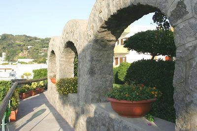 Tritone Hotel Terme 9