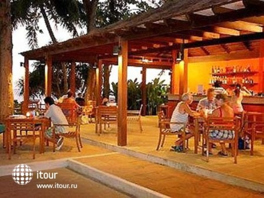 Novotel Rayong Rim Pae Resort 10