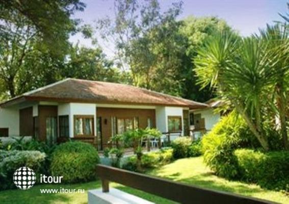 Novotel Rayong Rim Pae Resort 1