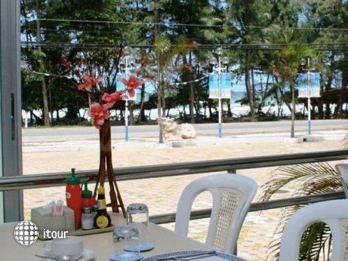 Nice Beach Hotel 2