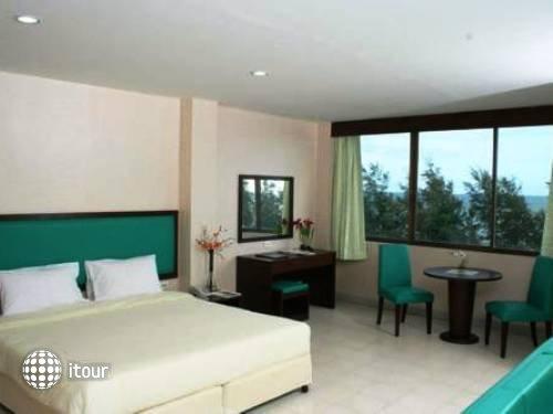 Nice Beach Hotel 3