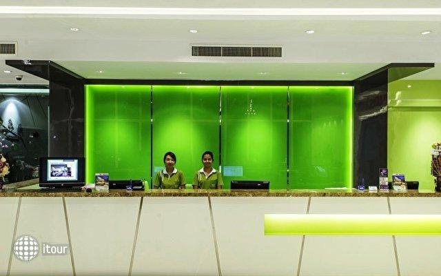 Tamarind Garden Hotel 8