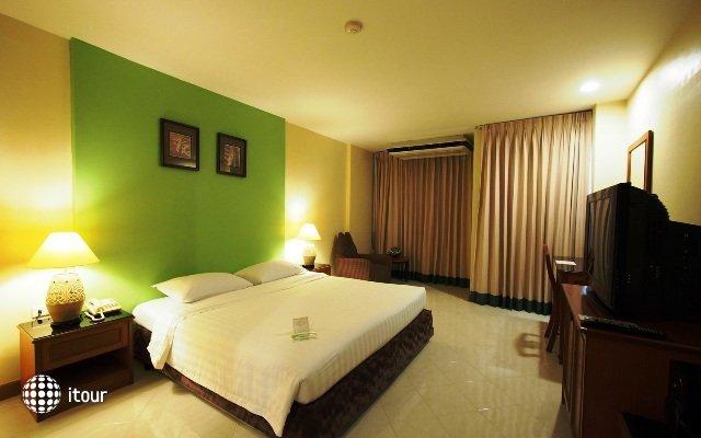 Rayong City Hotel 8