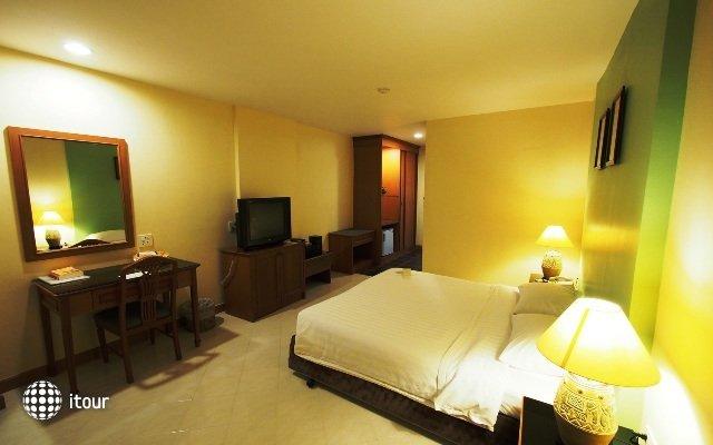 Rayong City Hotel 10