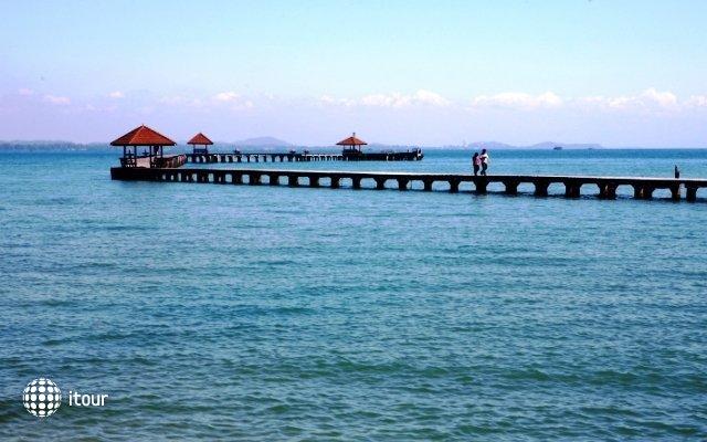 Rayong Resort Hotel 4