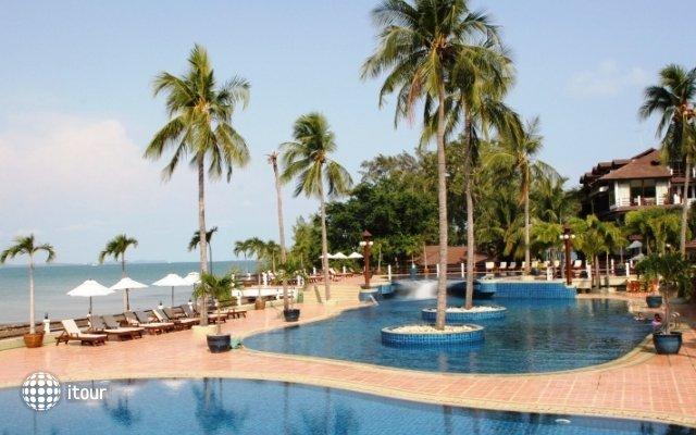 Rayong Resort Hotel 6