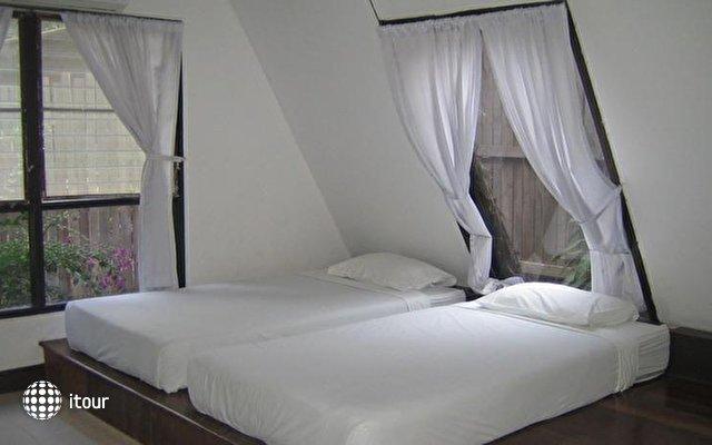 Rayong Chalet Resort Hotel  4
