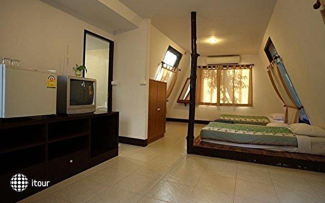 Rayong Chalet Resort Hotel  3
