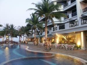 The Imperial Hua Hin Beach Resort 1