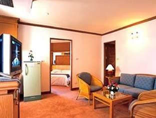The Imperial Hua Hin Beach Resort 4