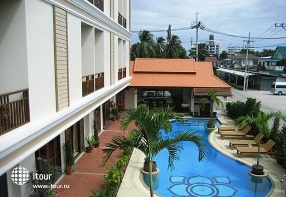 Narawan Hotel Hua Hin 10