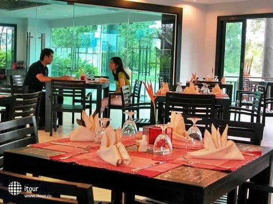 Napalai Resort & Spa 4