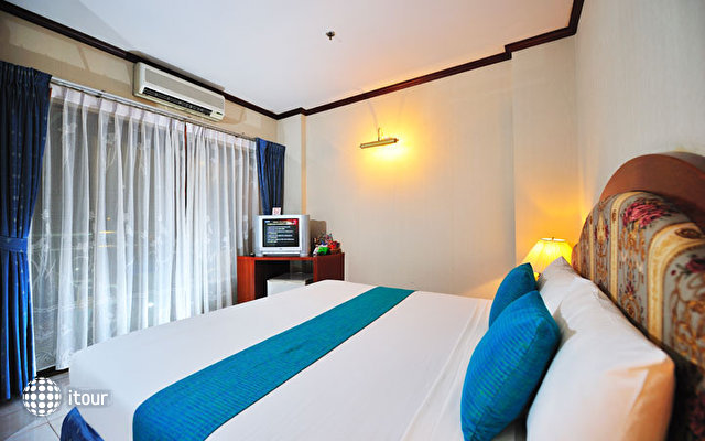 Thipurai City Hotel 7