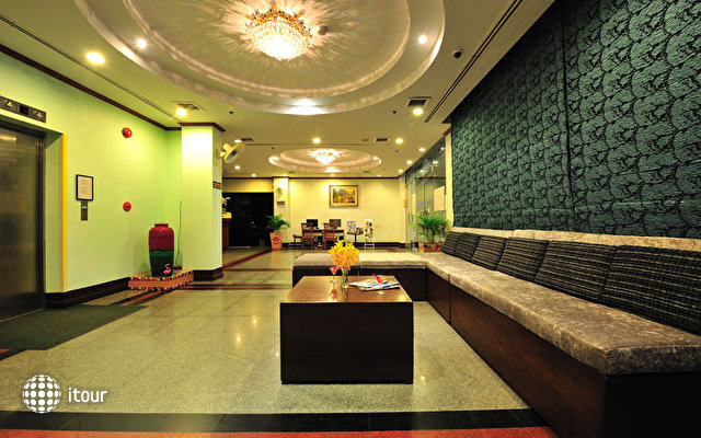 Thipurai City Hotel 8