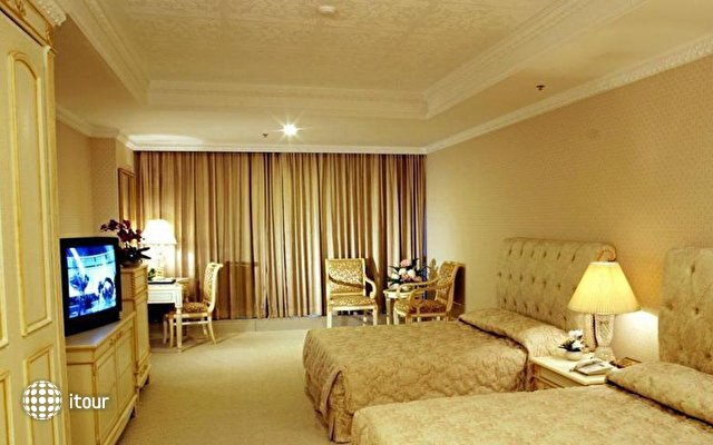Adriatic Palace Bangkok 3