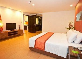 Aspen Suites 3