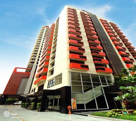 Bandara Suites Silom 1
