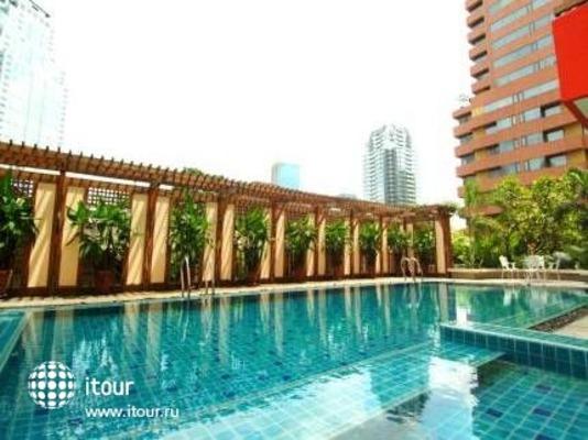 Bandara Suites Silom 2