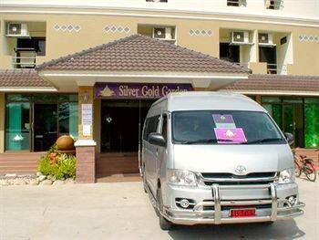 Silver Gold Suvarnabhumi Airport 4