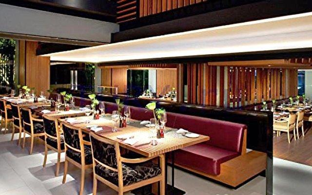 Radisson Hotel Bangkok Sathorn  5