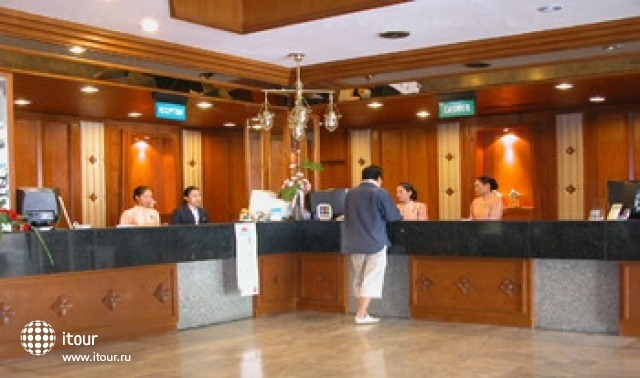 Grand Tower Inn Sukhumvit 4