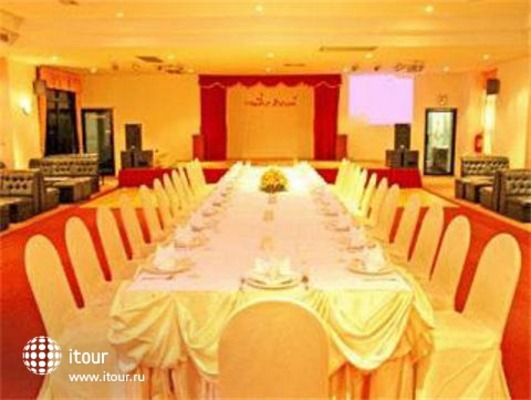 Grand Tower Inn Sukhumvit 8