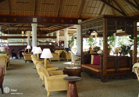 Royal Pacific Hotel 3