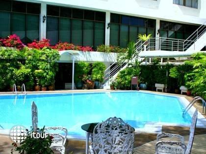 Bangkok Centre Hotel 5