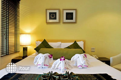 Bangkok Centre Hotel 6