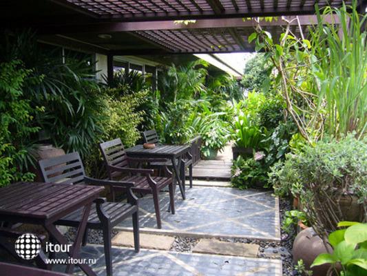Salaya Pavilion 9