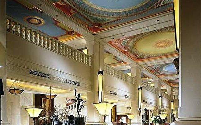Four Seasons Hotel Bangkok 6