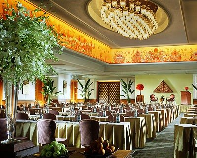 Four Seasons Hotel Bangkok 8