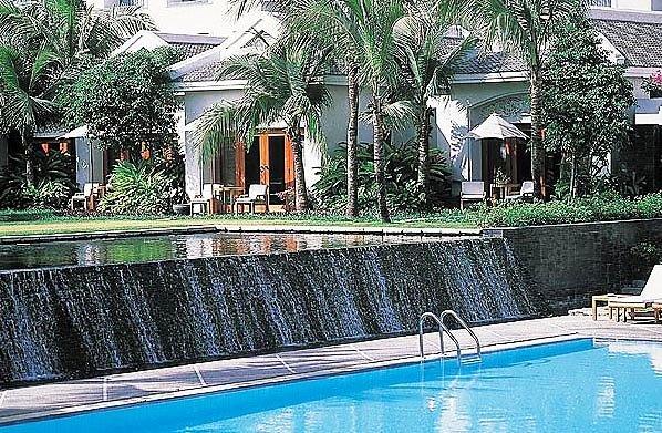 Four Seasons Hotel Bangkok 2