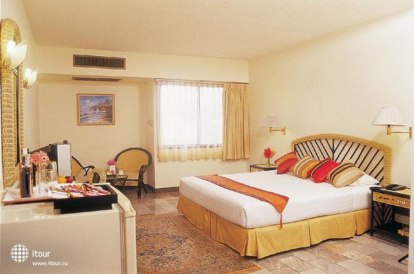The Euro Grande Hotel 9