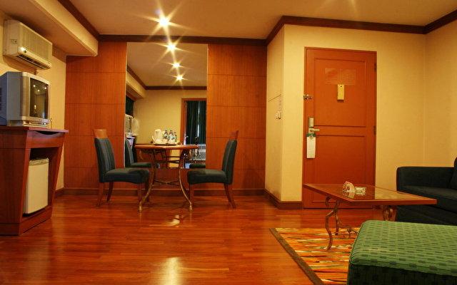 Baiyoke Suite 2