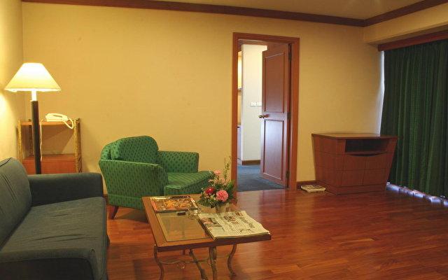 Baiyoke Suite 4