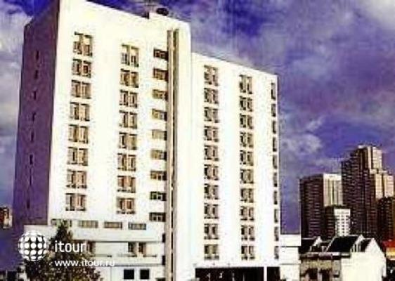 Sena Place Hotel 9