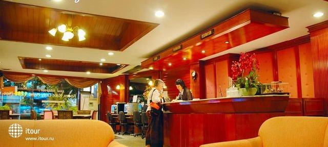 Silom Village Inn 5