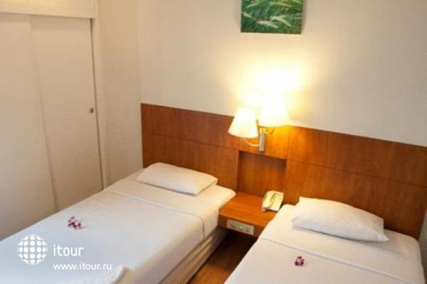 Ten Stars Inn Hotel 2