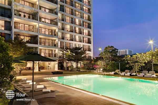 Oakwood Residence Garden Towers Bangna Bangkok 1