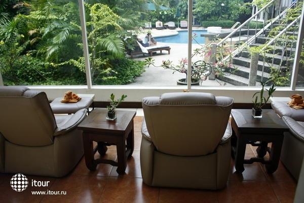 The Tawana Bangkok 8